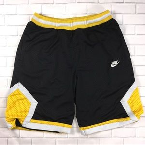 Vintage Nike Athletic Shorts Mens Large 90s Swoosh